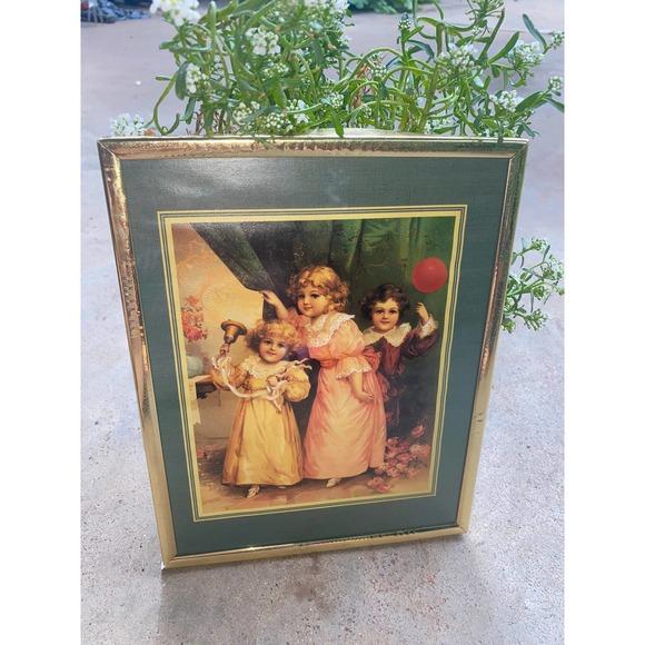 VINTAGE NURSERY DECOR,vintage girl nursery decor